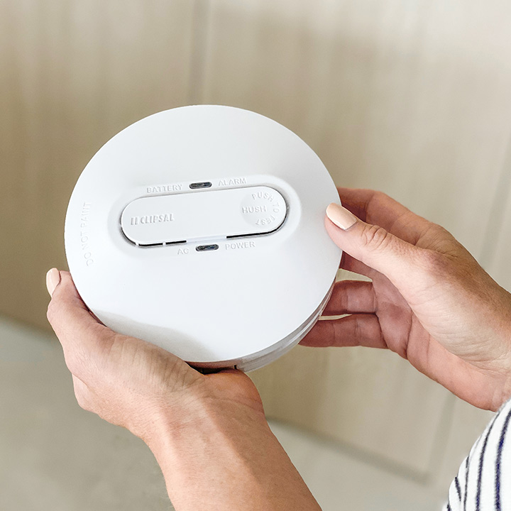 Clipsal flush smoke detector