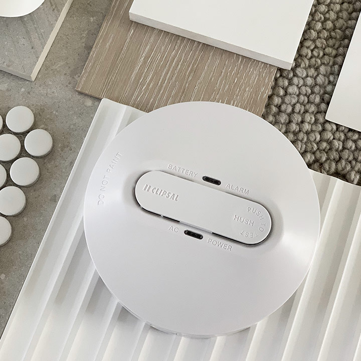 Clipsal mains powered smoke detector